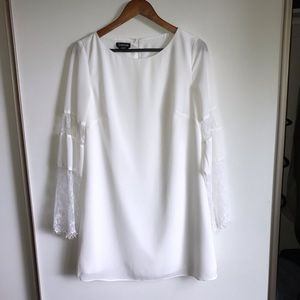 bebe White Long Sleeve Dress